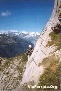 ViaFerrata_Rougemont_3.jpg